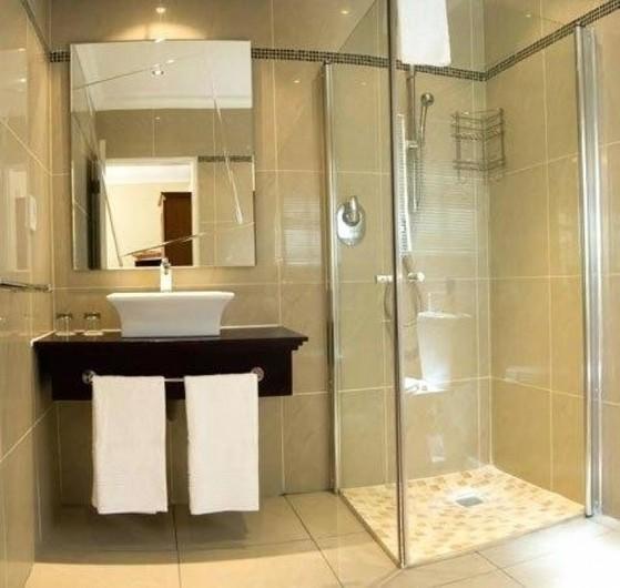 Boxes de Vidro para Banheiro Pequeno São Bernardo Centro - Box de Vidro para Banheiro Fumê