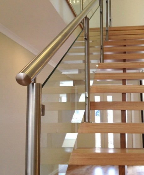 Corrimão de Inox com Vidro Orçamento Taboão da Serra - Corrimão de Inox para Escada