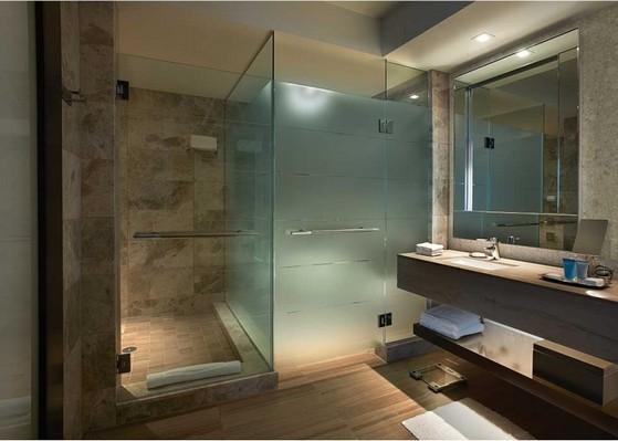 Montagem de Box de Vidro para Banheiro Verde Praia da Baleia - Box de Vidro para Banheiro Fumê