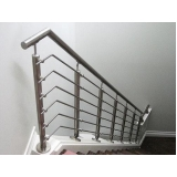 colocação guarda corpo escada inox Alphaville
