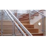 corrimão de inox na escada